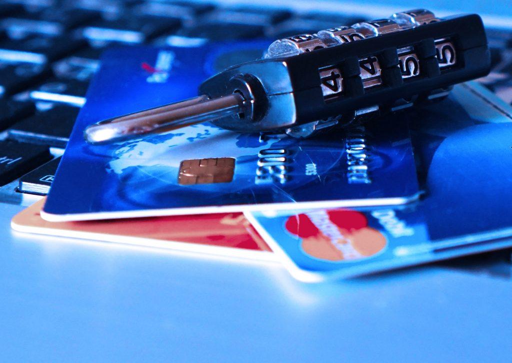 כרטיסי אשראי - עלייה חדה בשימוש